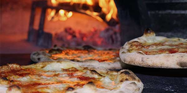 Where to eat pizza in Naples